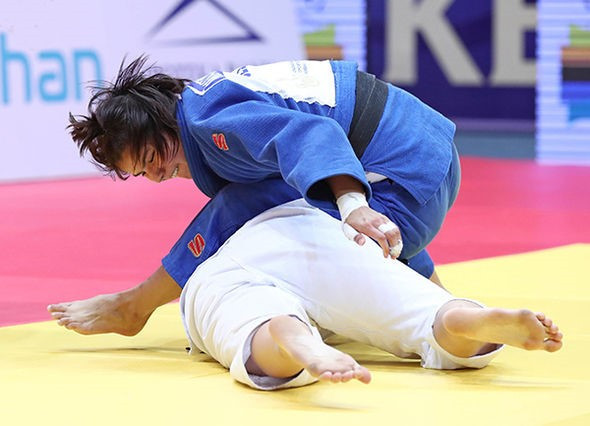 Gulnoza Matniyazova successfully defended her title to claim Uzbekistan's first gold medal of the event ©IJF