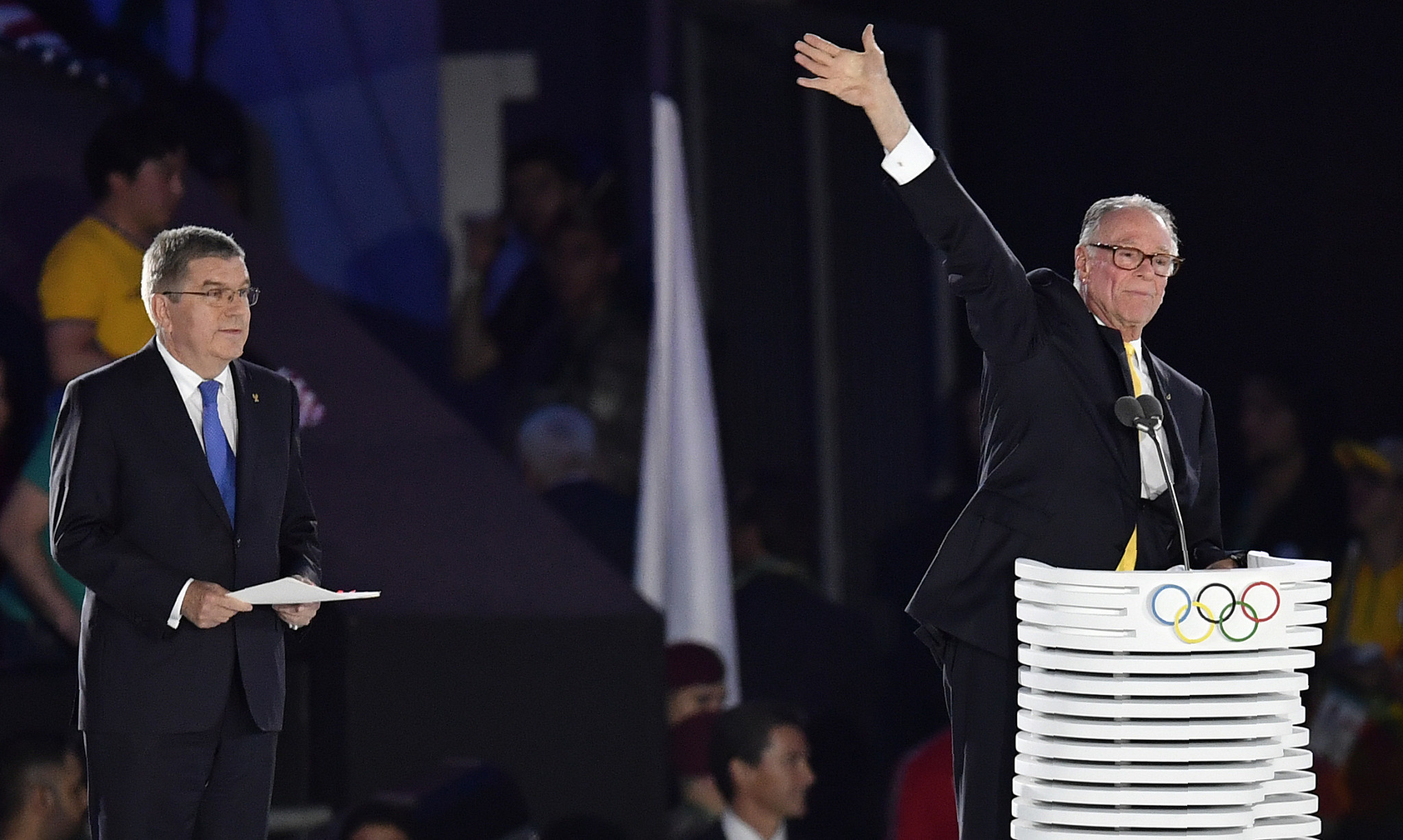 Carlos Nuzman, right, addressing the world at the Closing Ceremony of Rio 2016 ©Getty Images