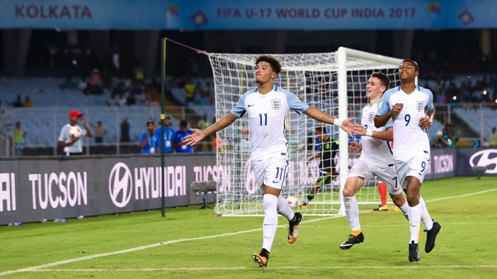 England hold off Mexican fightback to reach knockout round of Under-17 World Cup