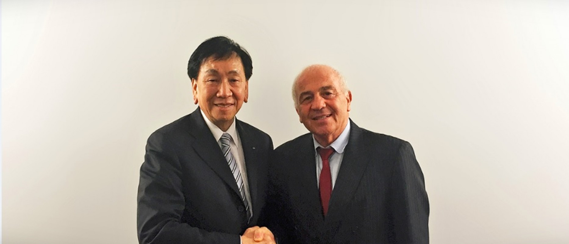Franco Falcinelli, right, has replaced C K Wu, left, as Acting Interim President of AIBA following his suspension ©AIBA