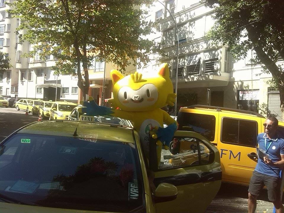 Rio 2016 mascot Vinicius was on hand to enourage taxi-drivers to sign-up ©Rio 2016