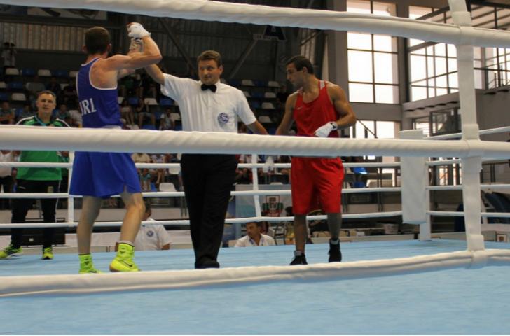 Ireland's Adam Nolan achieved a unanimous-decision victory against Russia's Radzhab Butayev