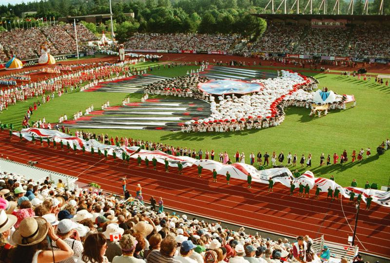 Bob Wheaton was Governor of the 1994 Commonwealth Games in Victoria, the last time Canada staged the event ©Getty Images