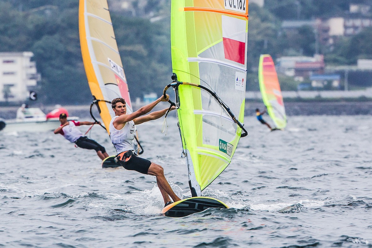 Pawel Tarnowski sailed the conditions best in the Men's RS:X ©World Sailing