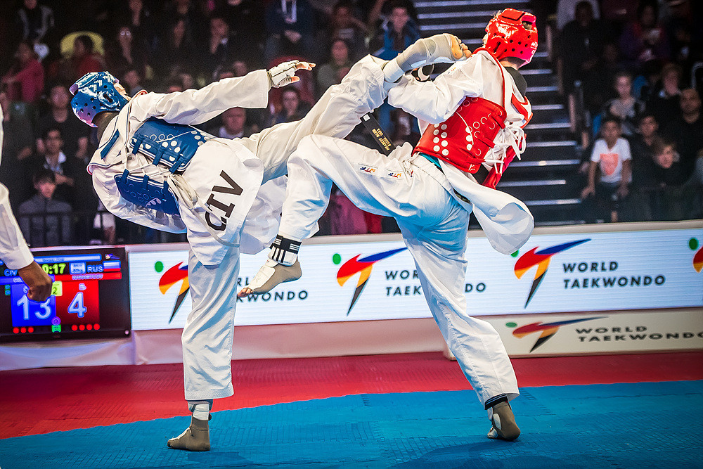 Olympic champion Cheick Sallah Cissé beat world champion Maksim Khramtcov in the men's under 80 kilograms final as action concluded today at the World Taekwondo Grand Prix series event in London ©World Taekwondo
