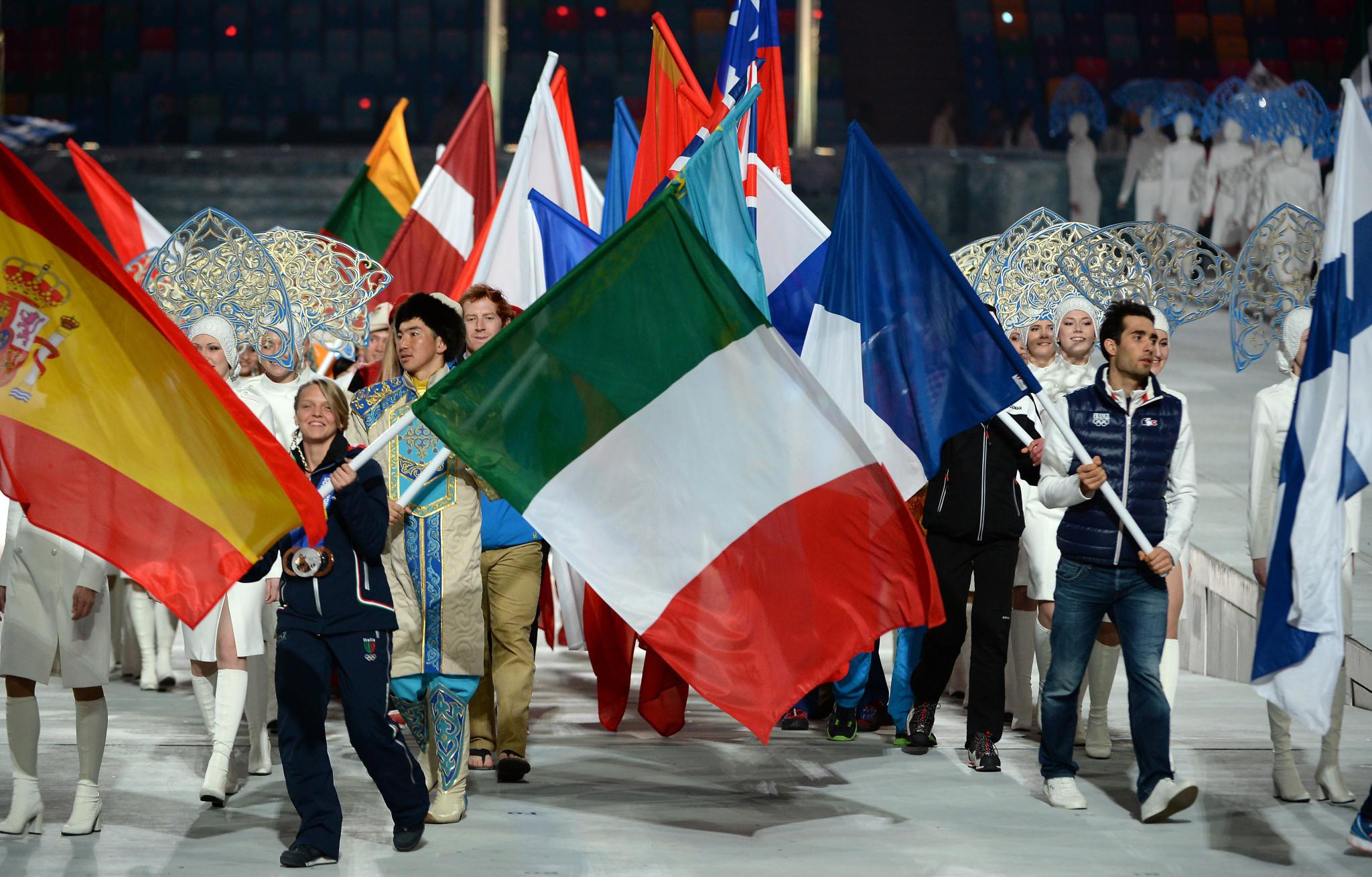 Arianna Fontana carried Italy's flag at the Closing Ceremony of Sochi 2014