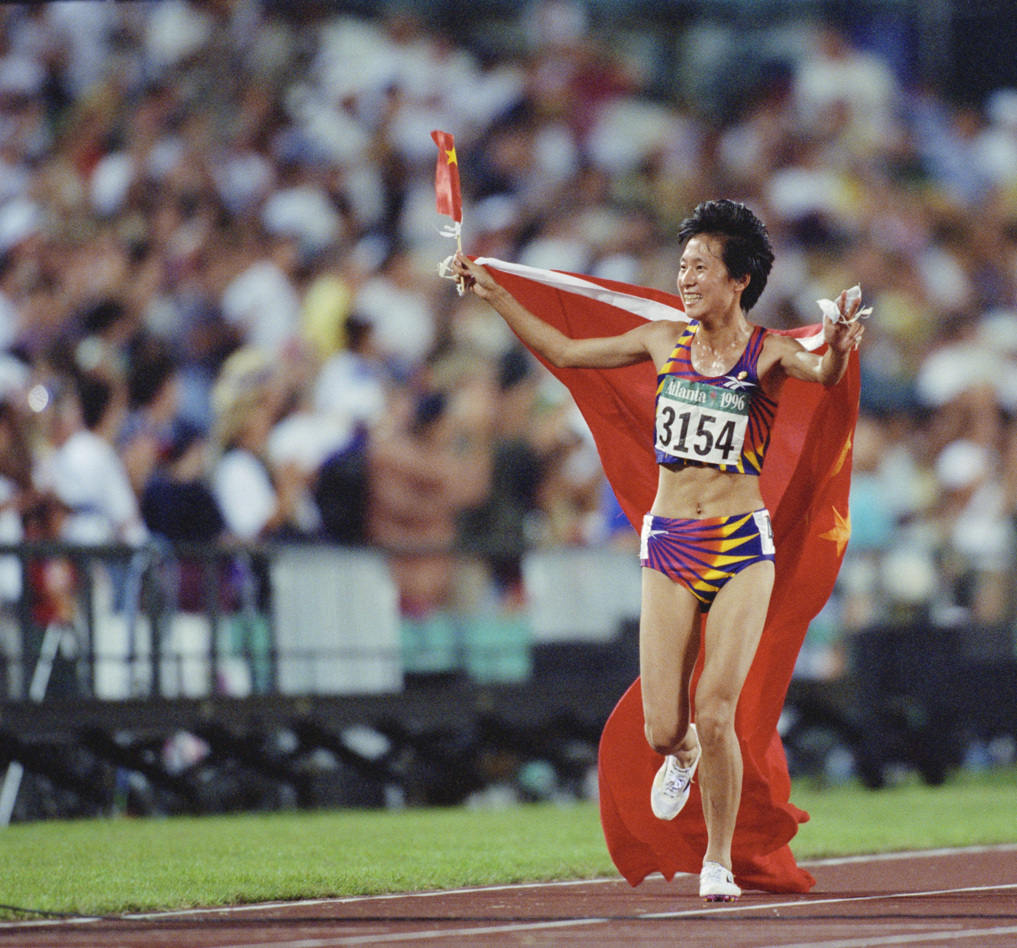 Wang Junxia, who seemingly admitted to doping during her career in a letter last year, beat Paula Radcliffe in the 5,000m at Atlanta 1996 and set a world record for the 10,000m that stood for 23 years ©Getty Images