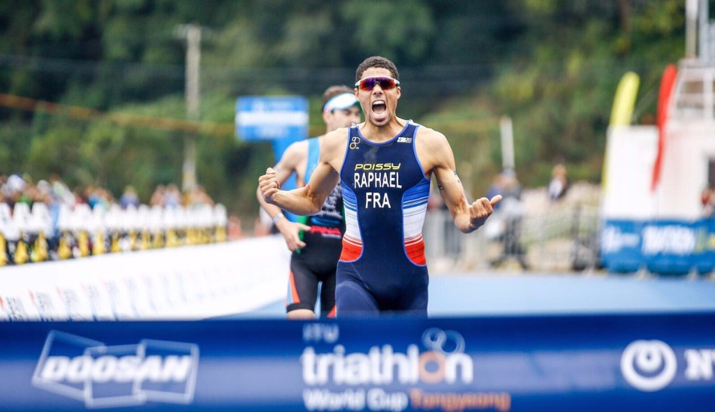 Raphaël and Cook triumph at ITU World Cup in Tongyeong