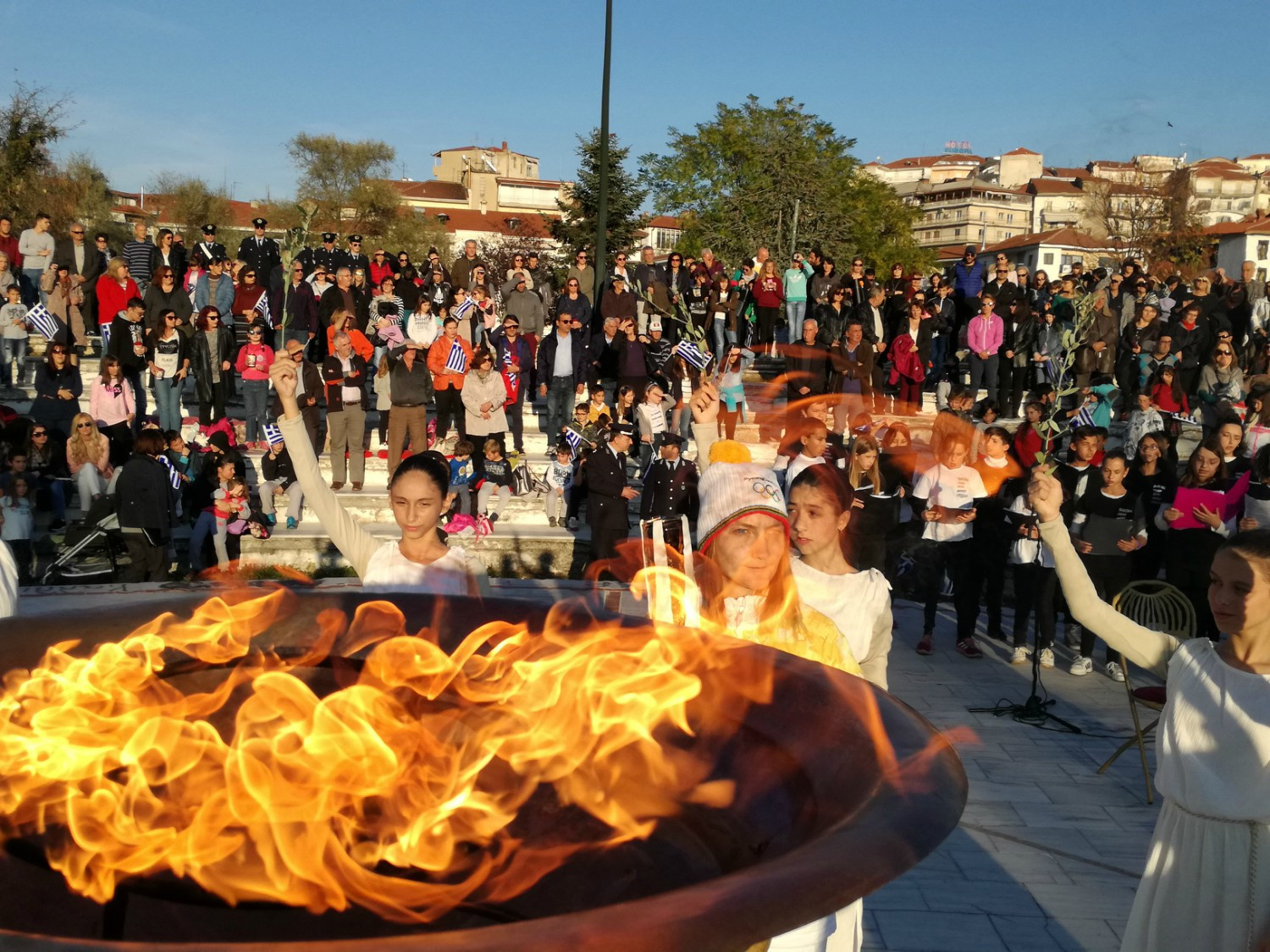 Big crowds have turned out in Greece to watch the Olympic Torch Relay for Pyeongchang 2018 ©HOC