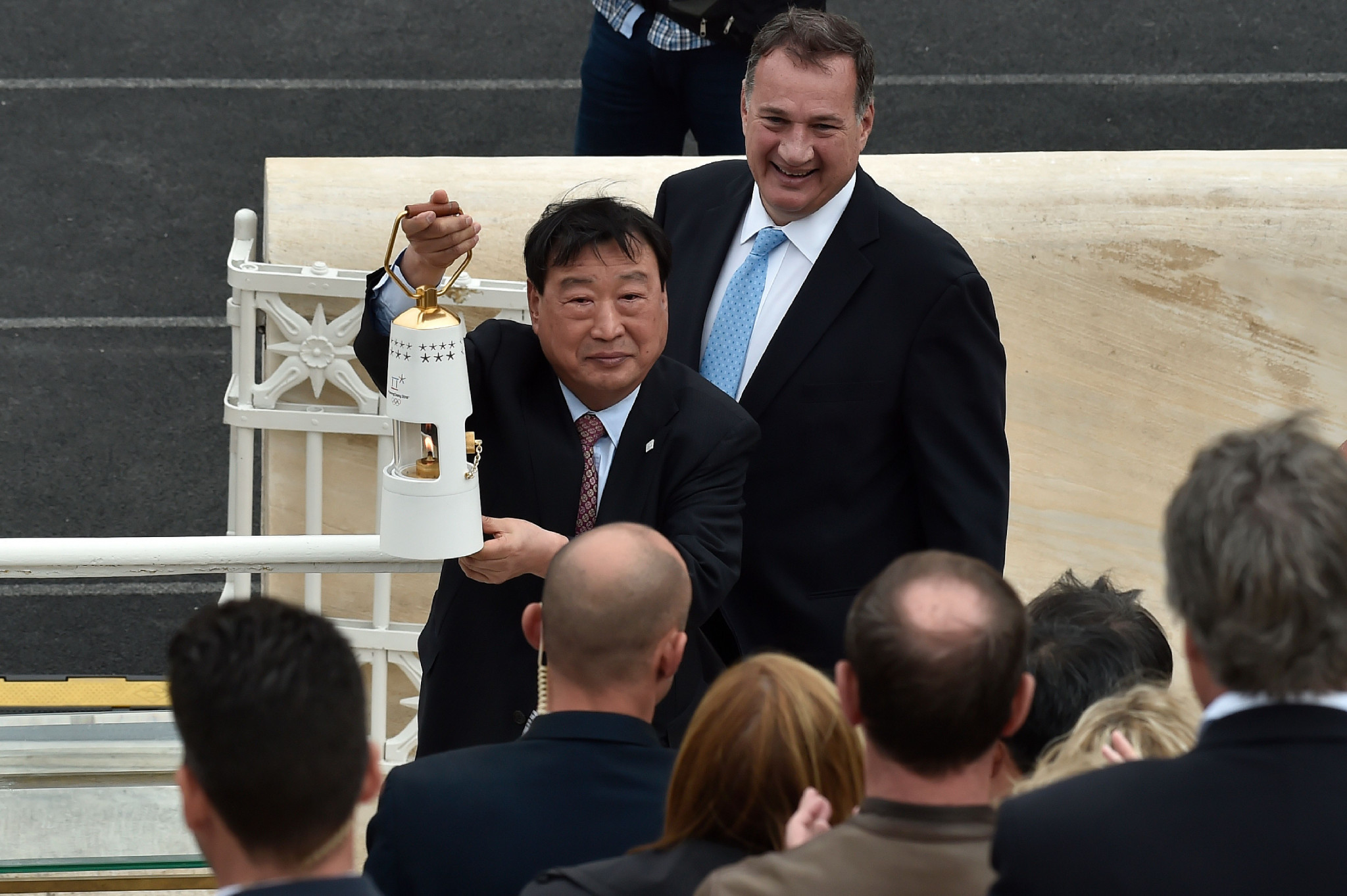 Pyeongchang 2018 President Lee Hee-beom is entrusted with the Olympic flame ©Getty Images