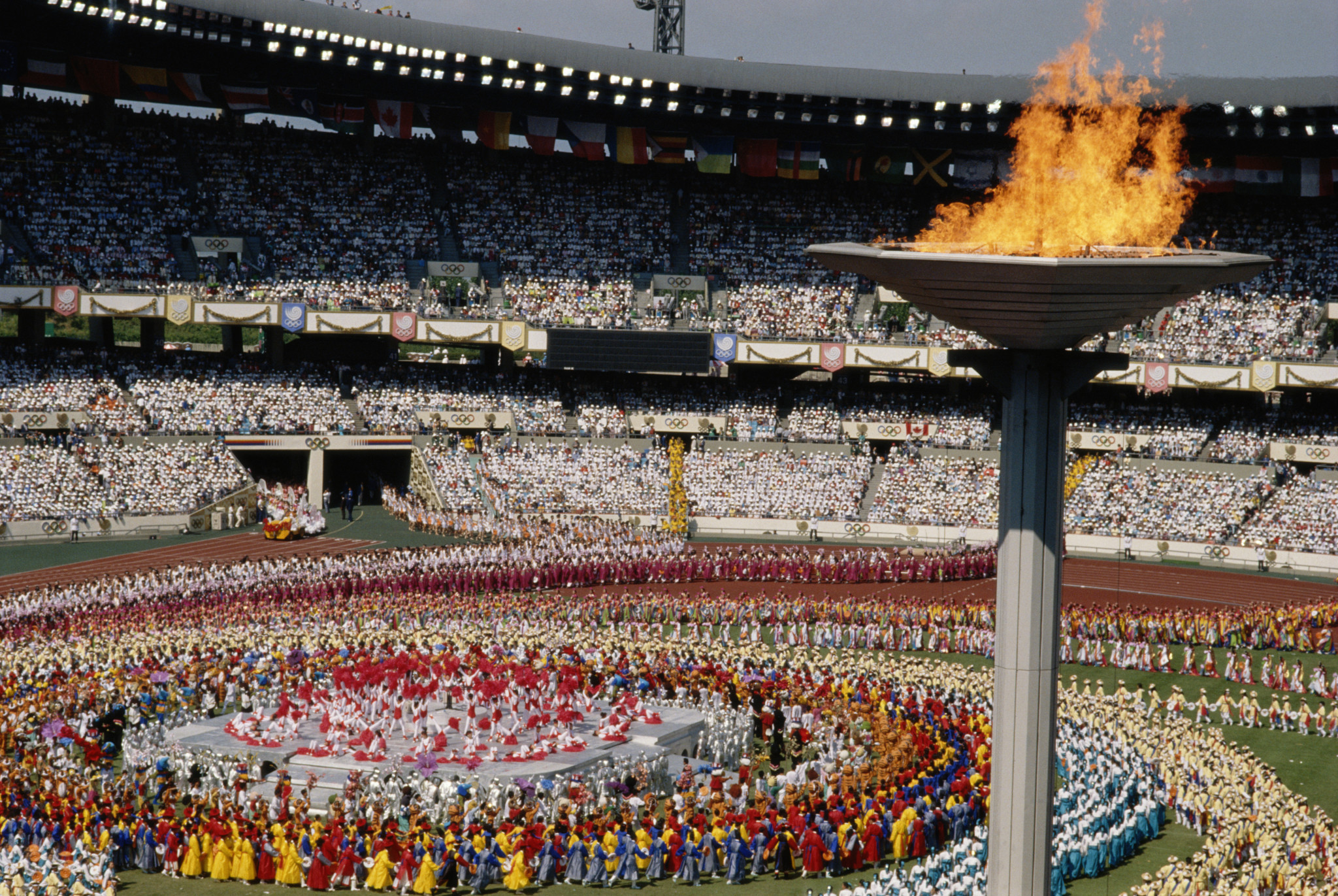 The Opening Ceremony of the 1988 Seoul Olympics ©Getty Images