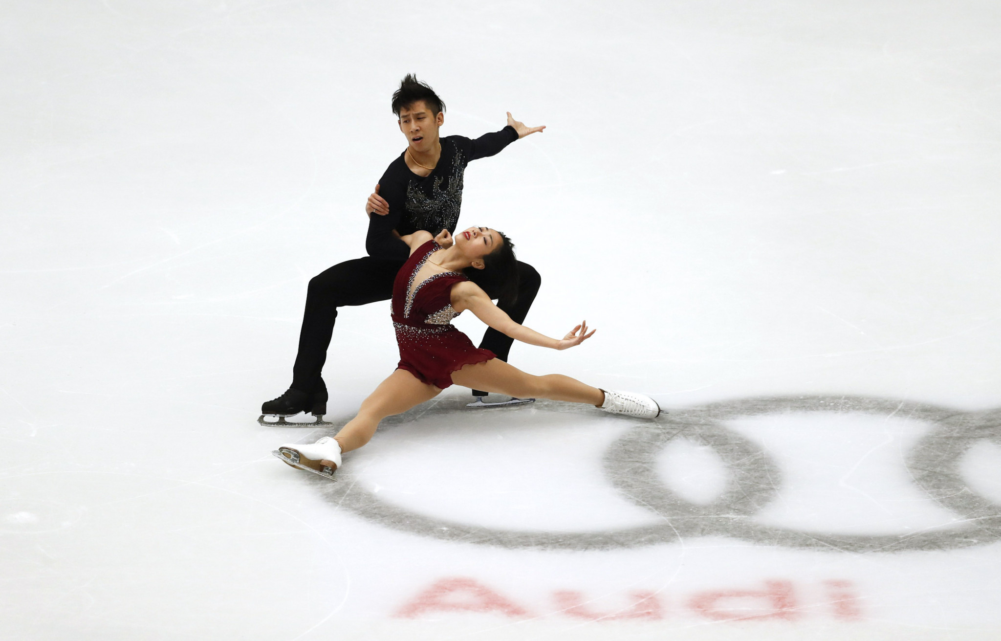 Reigning world pairs champions Wenjing Sui and Cong Han of China are the leaders in the pairs event ©Getty Images