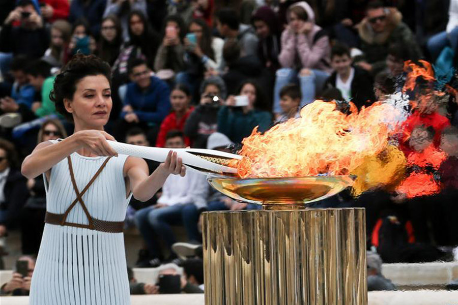 Organisers are braced for intense speculation over who will light the Olympic flame in February at Pyeongchang 2018 ©Getty Images