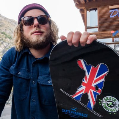 Para-snowboarder loses £10,000 of equipment after van break-in
