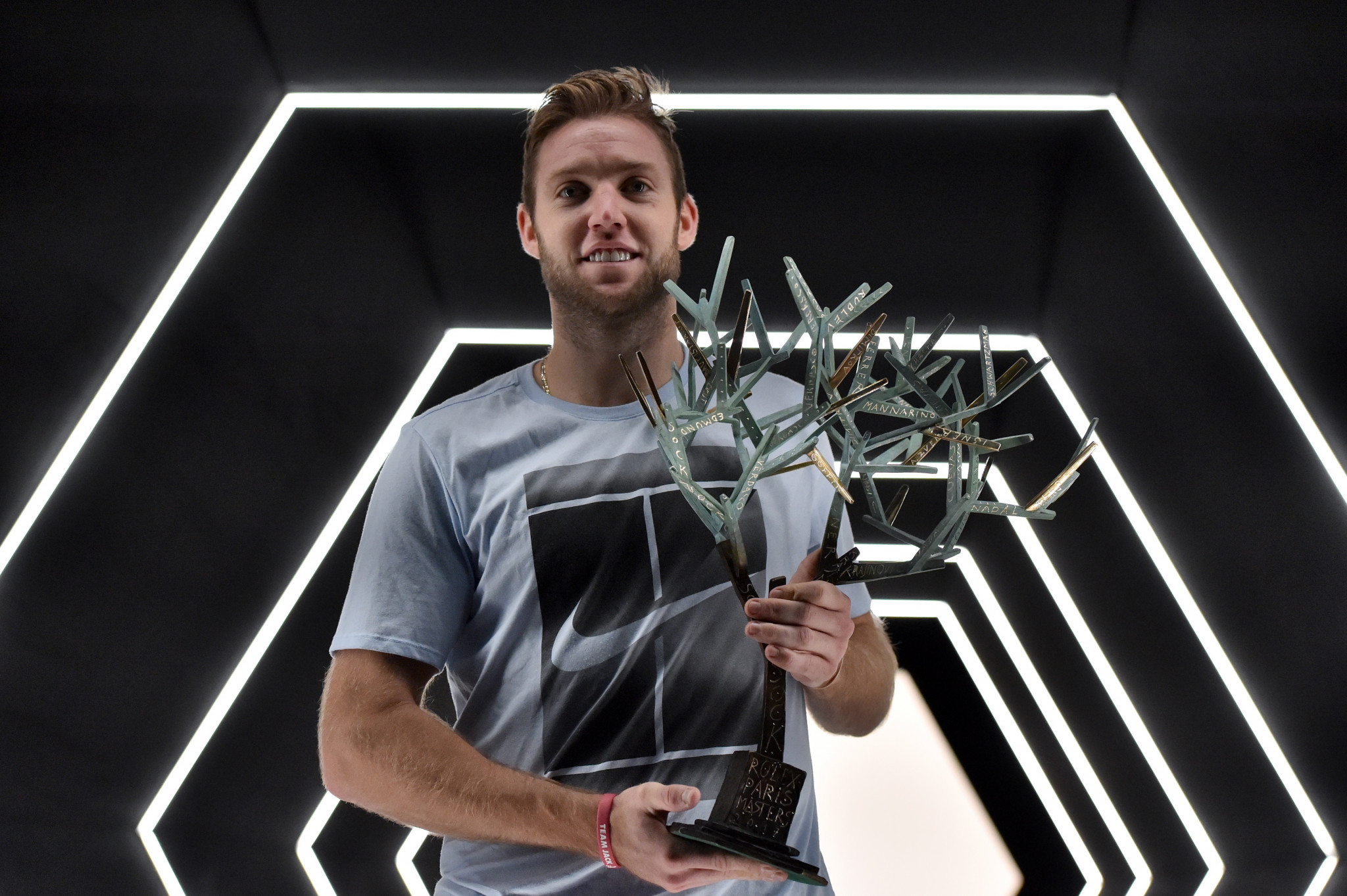 Sock lifts the Paris Masters to qualify for ATP Tour Finals