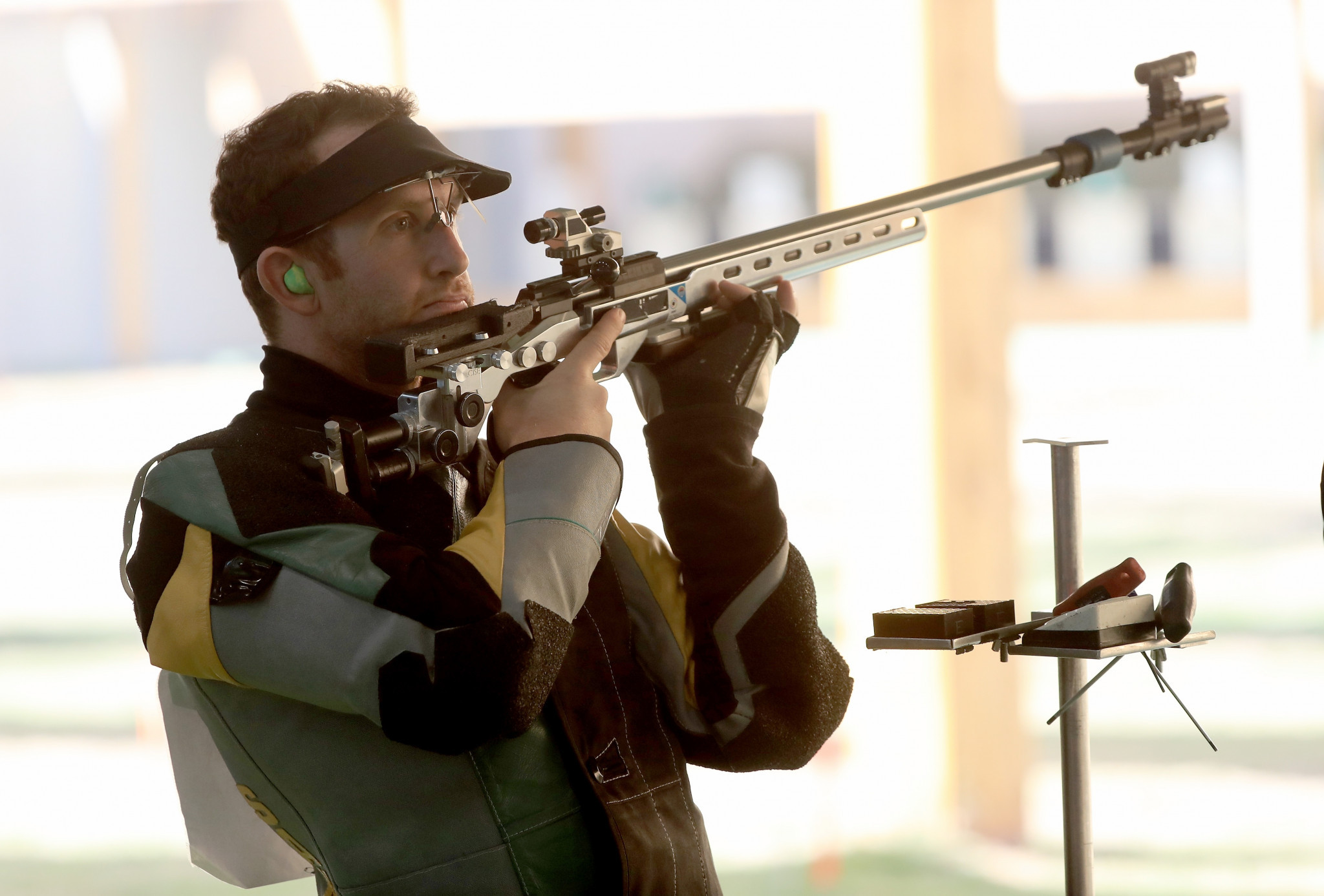 Australia's Dane Sampson set a continental record in the Oceania men's 50m rifle three positions event ©Getty Images