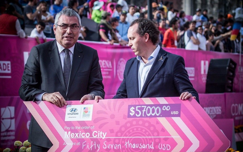 Archery community assist Mexico City earthquake recovery following World Championships