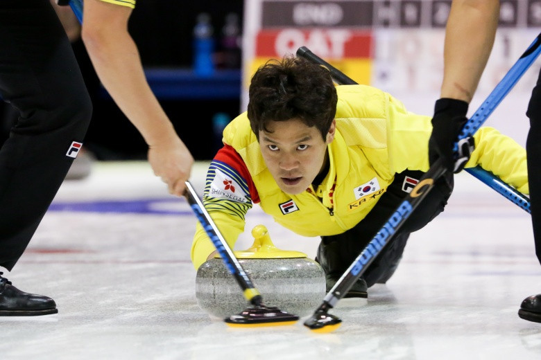 South Korea complete men's semi-final line-up at Pacific Asia Curling Championships
