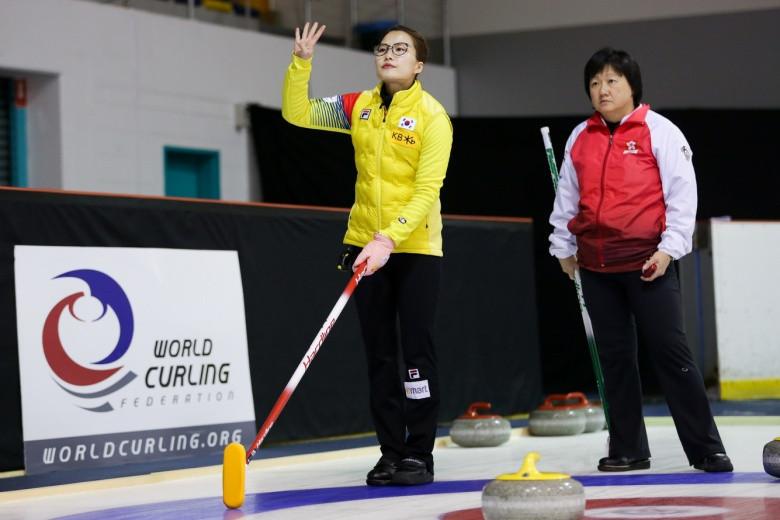 South Korea thrash Hong Kong to reach women's final at Pacific-Asia Curling Championships