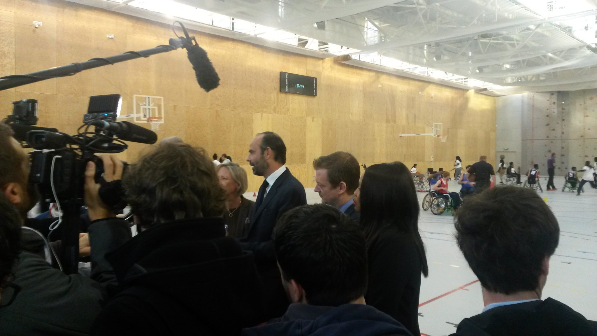 IPC President Andrew Parsons, left, and the French Prime Minister Edouard Philippe at the College Doar Maar this morning ©ITG