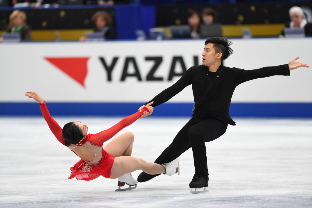 China's Wenjing Sui and Cong Han set a record free skating score on their way to victory in the pairs event ©ISU