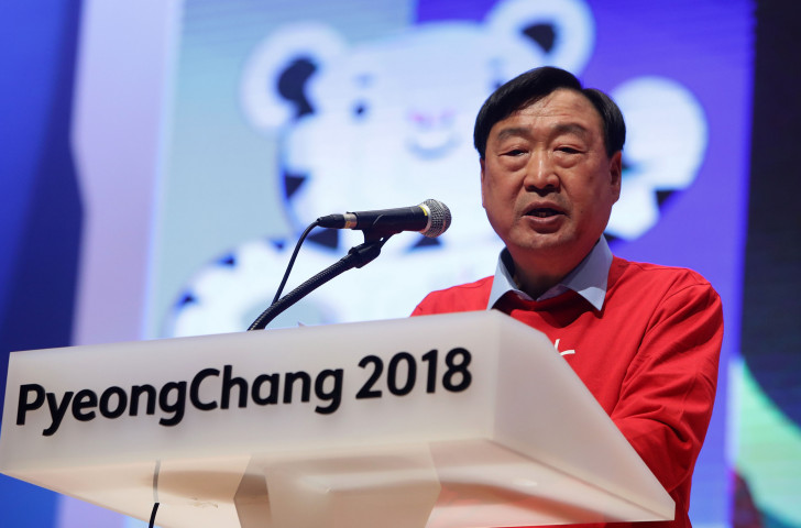 Lee Hee-beom, President of Pyeongchang 2018, has reassured IPC President Andrew Parsons that they will do more promotion to help sell tickets for the Paralympic Games ©Getty Images