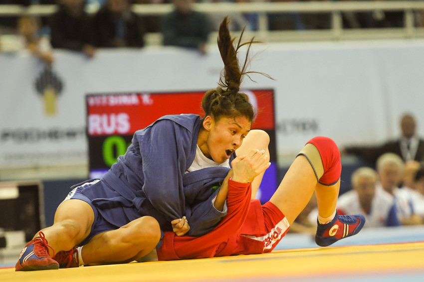 The first final of the evening saw Turkmenistan's Gulbadam Babamuratova claim the women's 52kg title with an emphatic victory over Russia's Yullia Vitsina ©FIAS