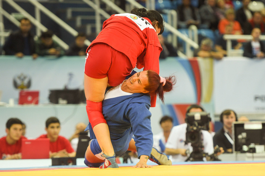 Belarus' second gold medal of the day was won by Sviatlana Tsimashenka, who overcame Cuba's Nieves Mirtha in the women's 80kg final ©FIAS