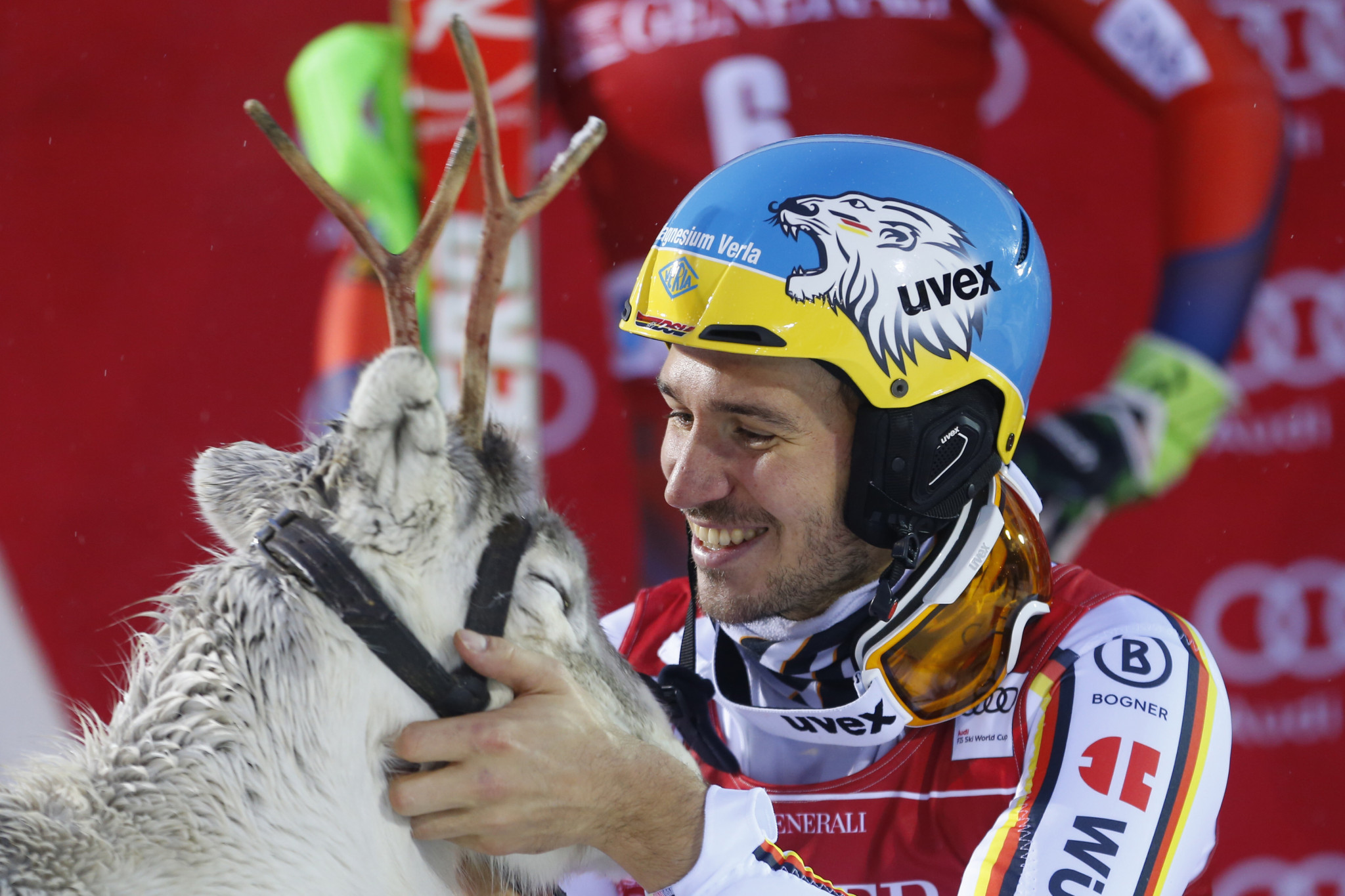 Neureuther wins World Cup slalom as Ryding fails to finish