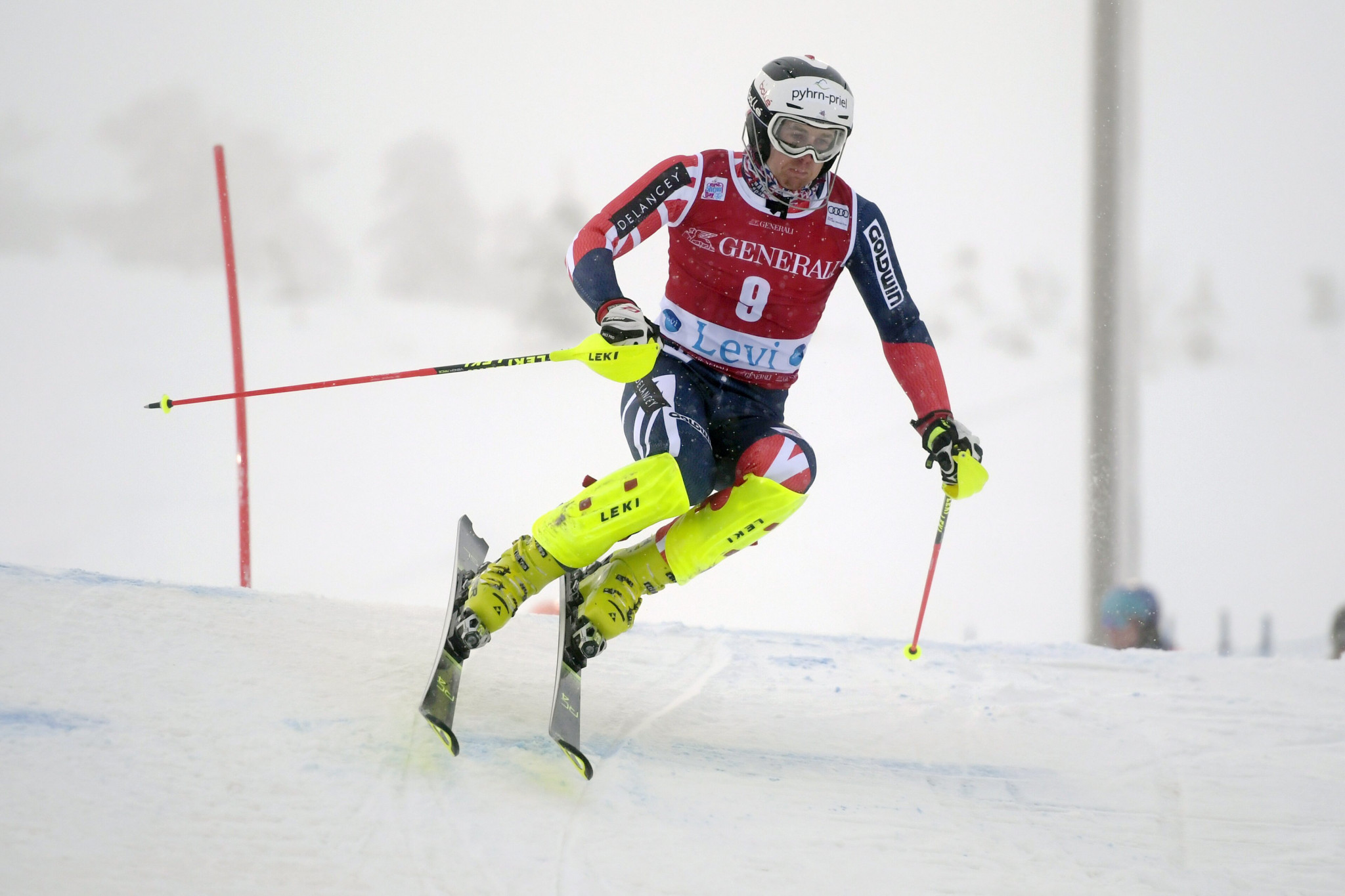 Felix Neureuther wins World Cup slalom as Dave Ryding fails to finish