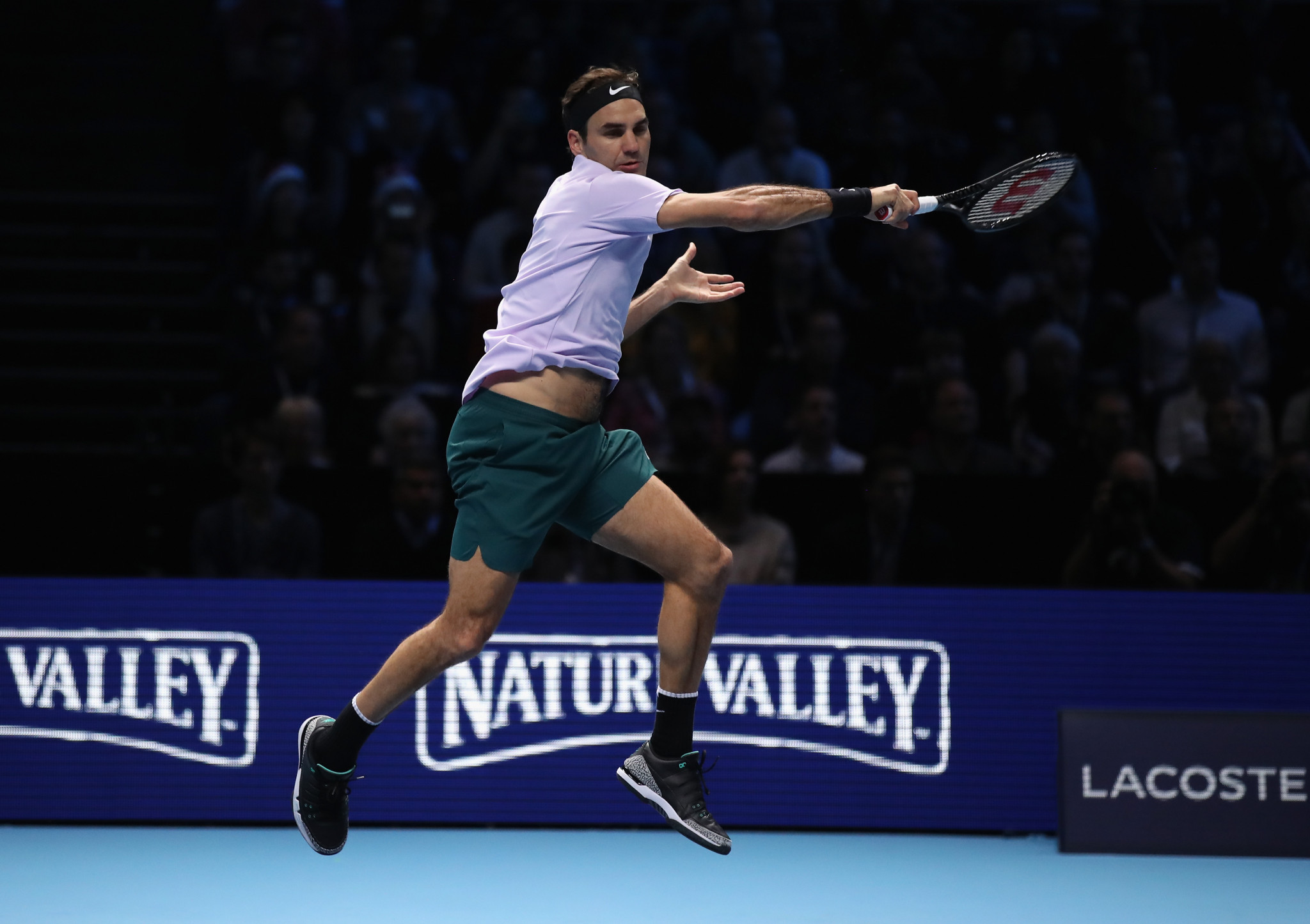 Federer wins opening match on return to ATP World Tour Finals