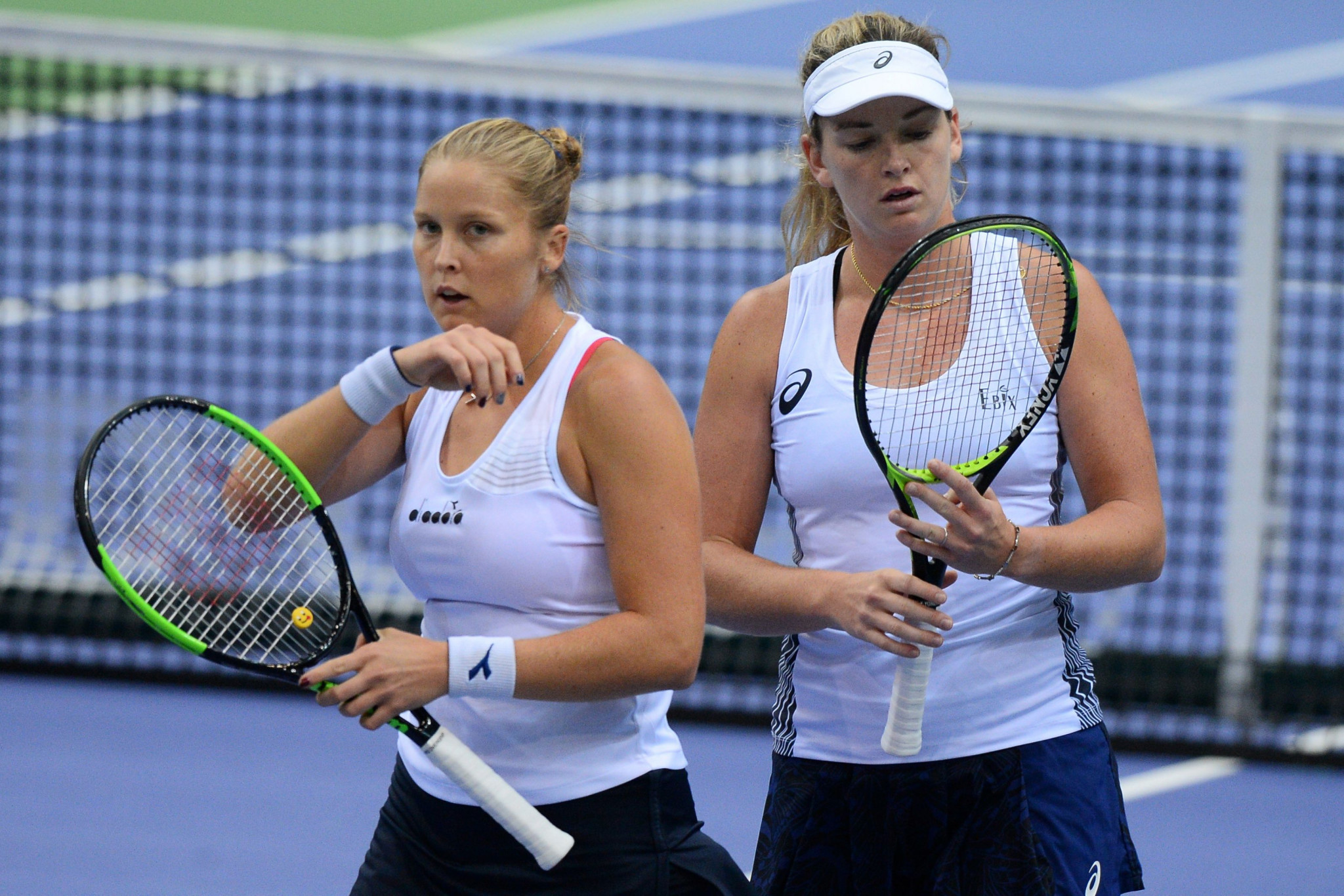 Shelby Rogers, left, and Coco Vandeweghe won a nervy two-set decider ©Getty Images