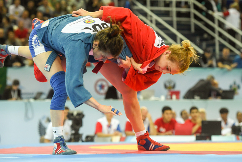 Tatyana Kazenyk was the first of seven athletes to win a gold medal for hosts Russia on the final day of action at the 2017 World Sambo Championships in Sochi ©FIAS