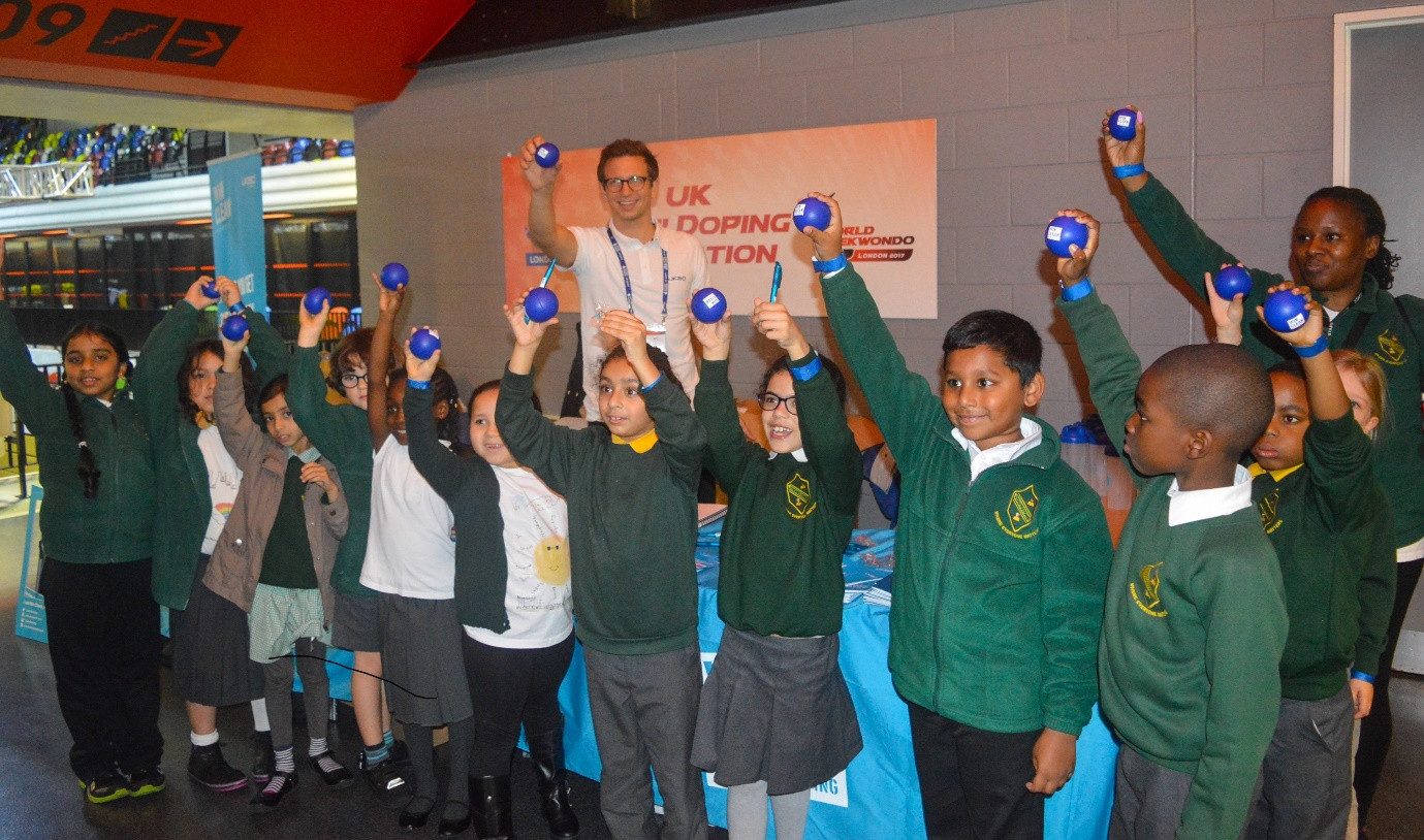 Youngsters from local schools in London were among those that attended the UKAD education stand at the World Para-Taekwondo Championships ©World Taekwondo