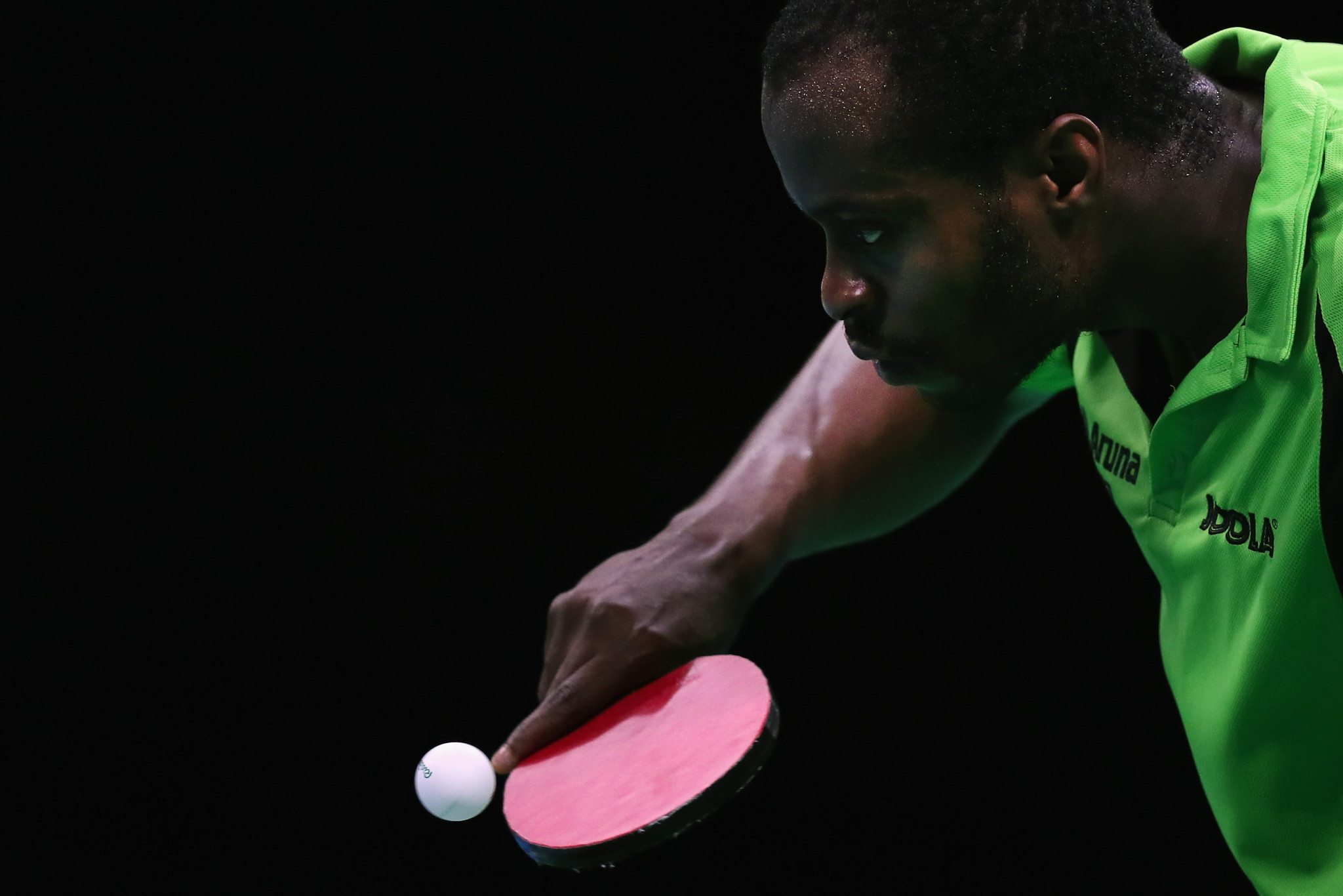 Nigeria's Quadri Aruna upset fifth seed Wong Chun Ting of Hong Kong to reach the second round ©Getty Images