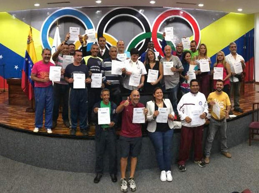 Venezuelan Olympic Committee help coaches gain university qualifications