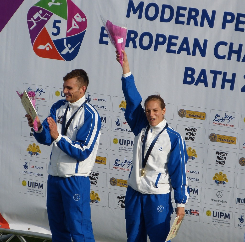 Italy's Camilla Lontano and Valerio Grasselli claimed mixed relay gold at the 2015 Modern Pentathlon European Championships ©UIPM