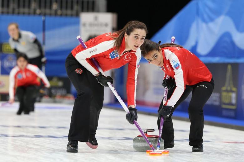 Turkey's women en-route to a historic win over Russia in St Gallen ©WCF
