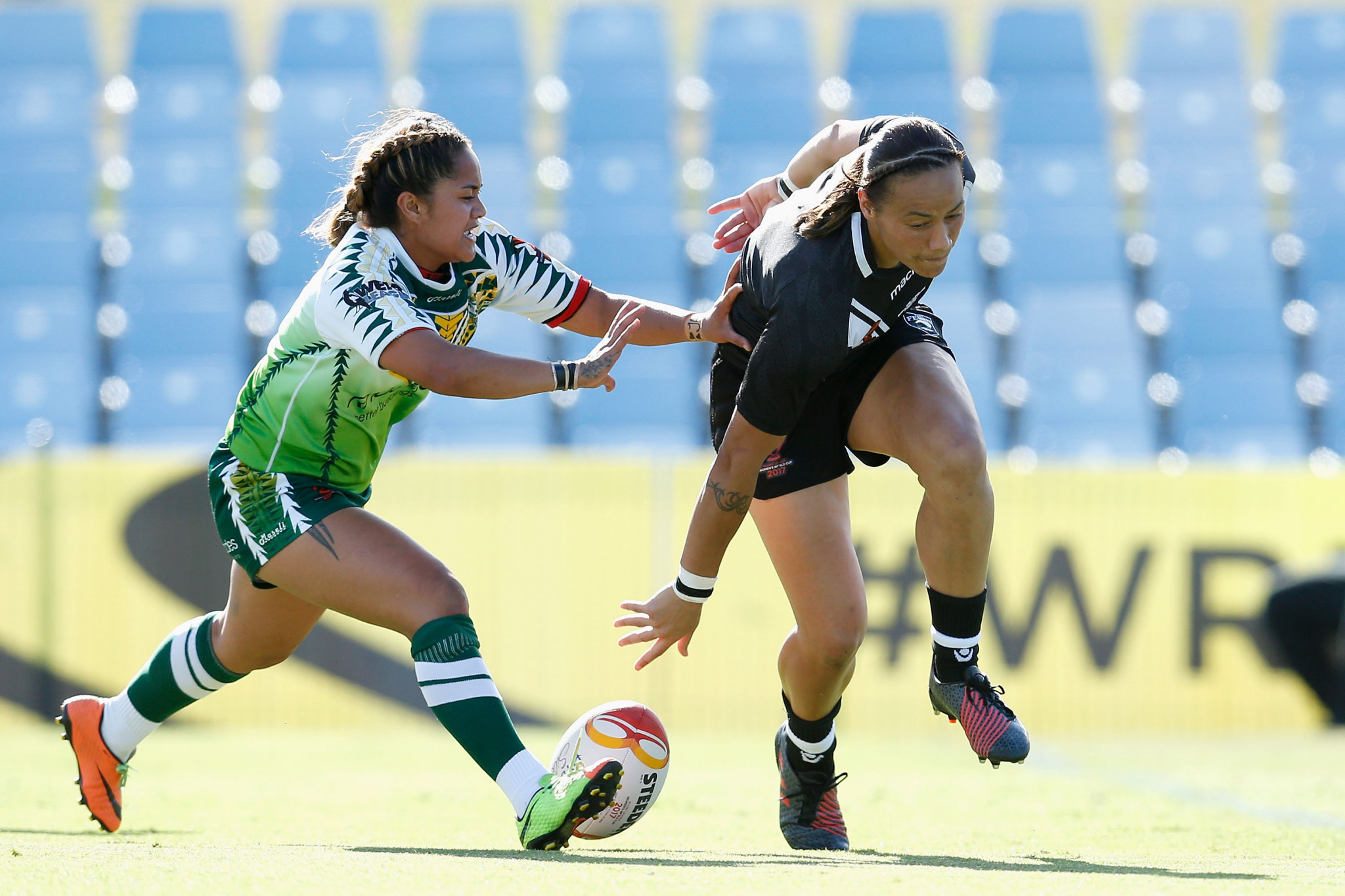 Honey Hireme of New Zealand scores a try during the 2017 Women's Rugby League World Cup match between New Zealand and Cook Islands at Southern Cross Group Stadium ©Getty Images
