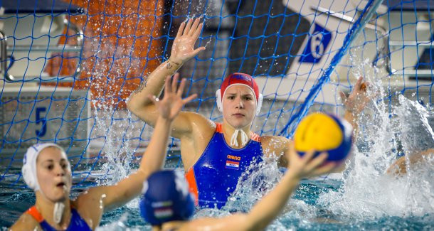 Hosts enjoy success on opening day of FINA Women's European Water Polo World League