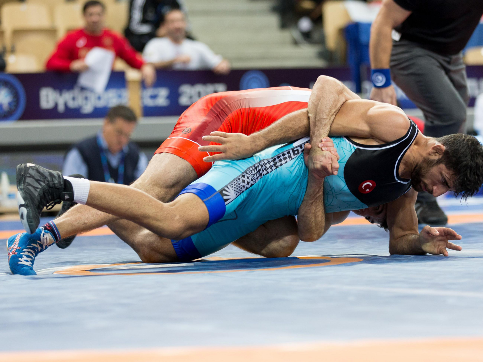 Semenov upsets the odds to beat Pataridze in 130kg event at the Under-23 World Wrestling Championships