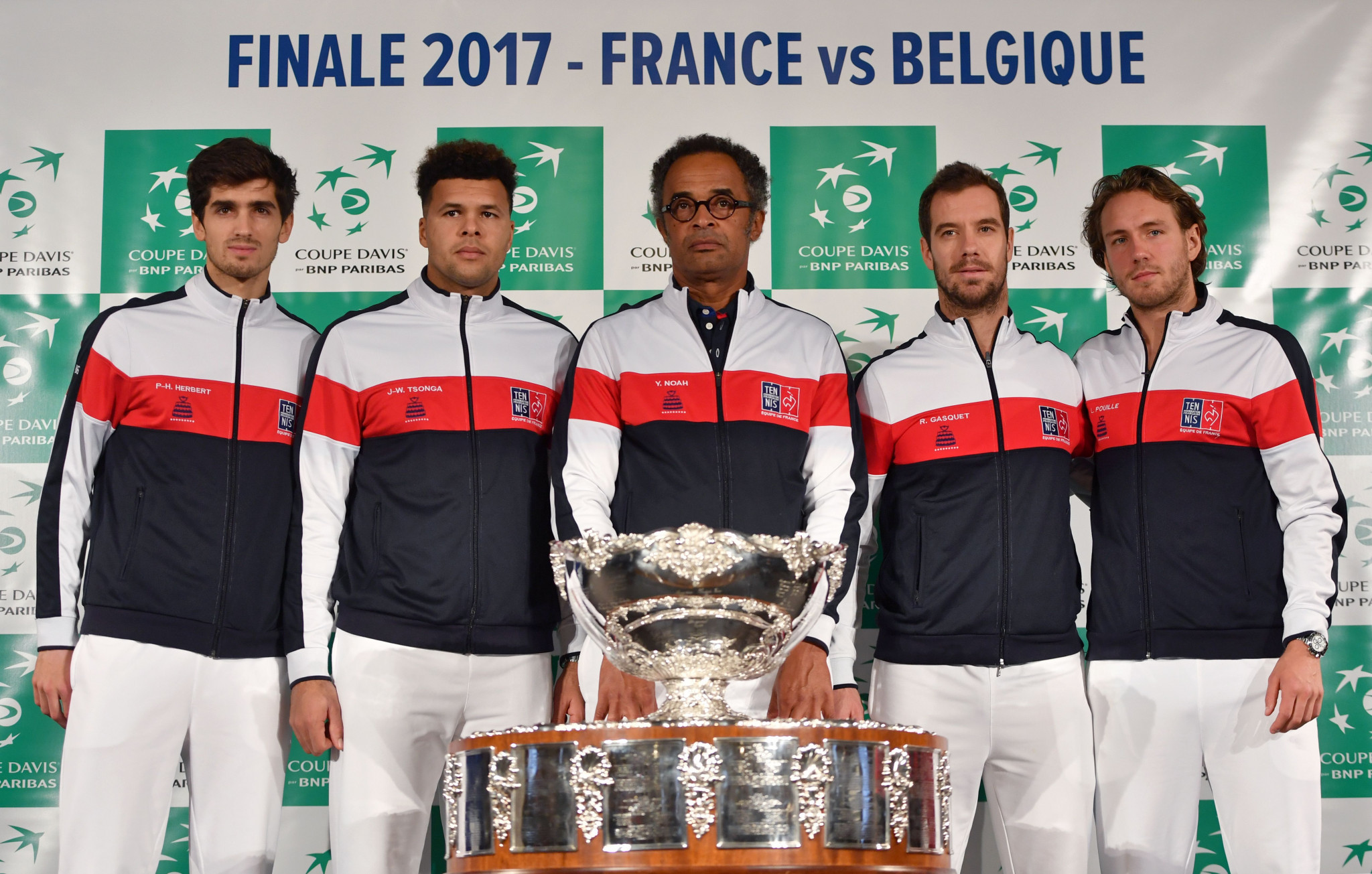 France's captain Yannick Noah (C) poses with his players (LtoR) Pierre-Hugues Herbert, Jo-Wilfried Tsonga, Richard Gasquet and Lucas Pouille during the team presentation in Villeneuve-d'Ascq on November 23, 2017, ahead of the Davis Cup World Group final between France and Belgium ©Getty Images
