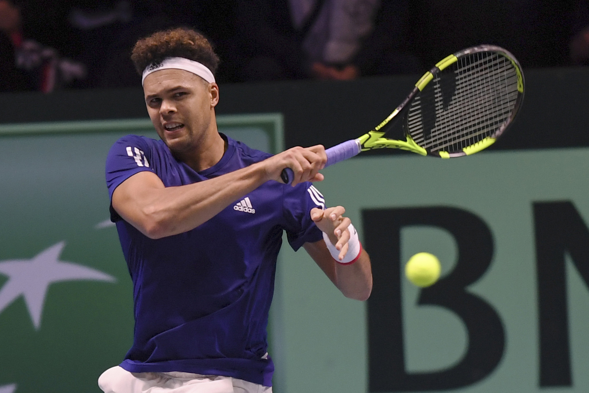 Jo-Wilfried Tsonga brought France level will a commanding performance ©Getty Images