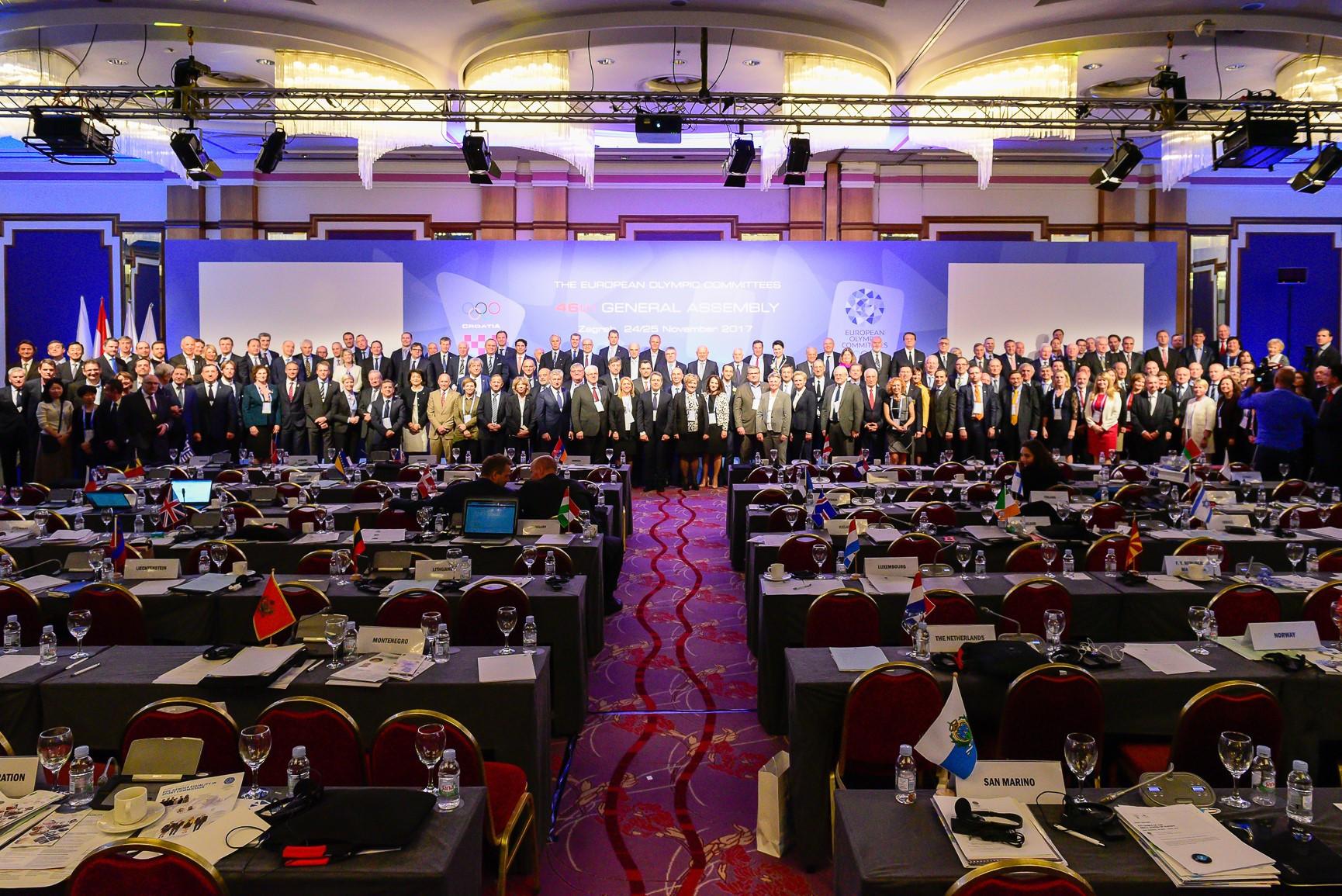 Delegates pose together during the EOC General Assembly ©EOC