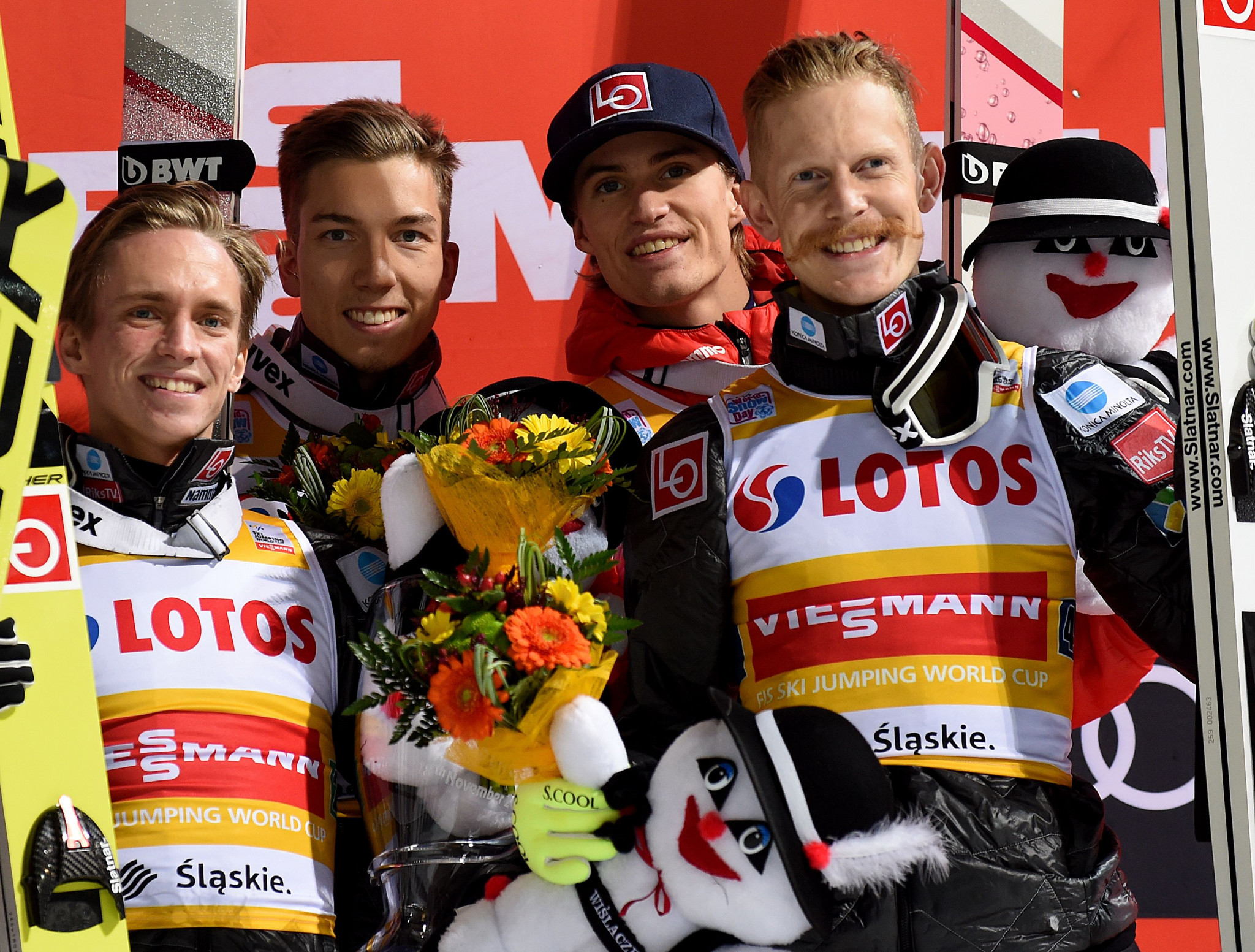 Norway win second team event of FIS Ski Jumping World Cup season