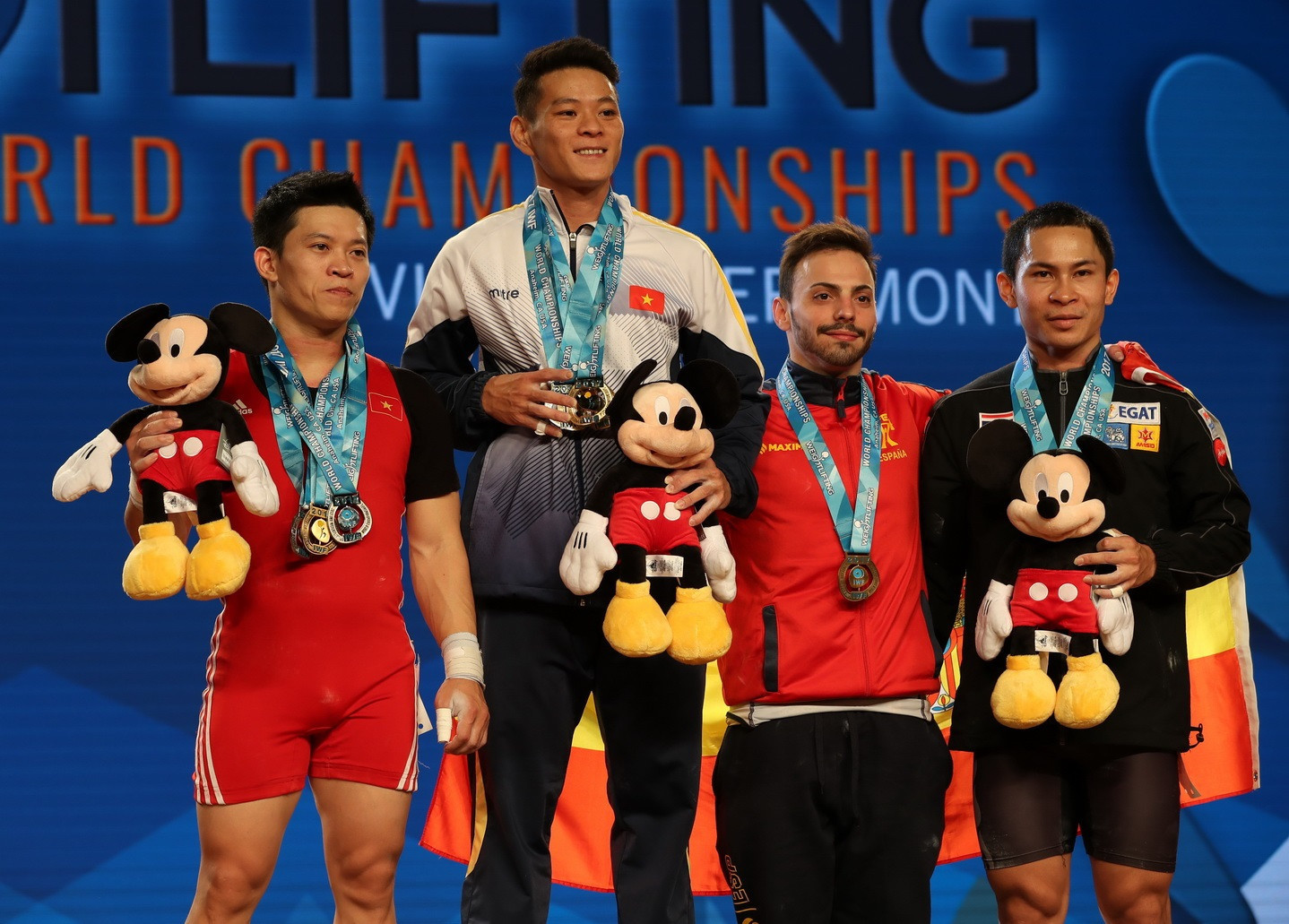 Thach claims clean sweep of gold medals at 2017 IWF World Championships