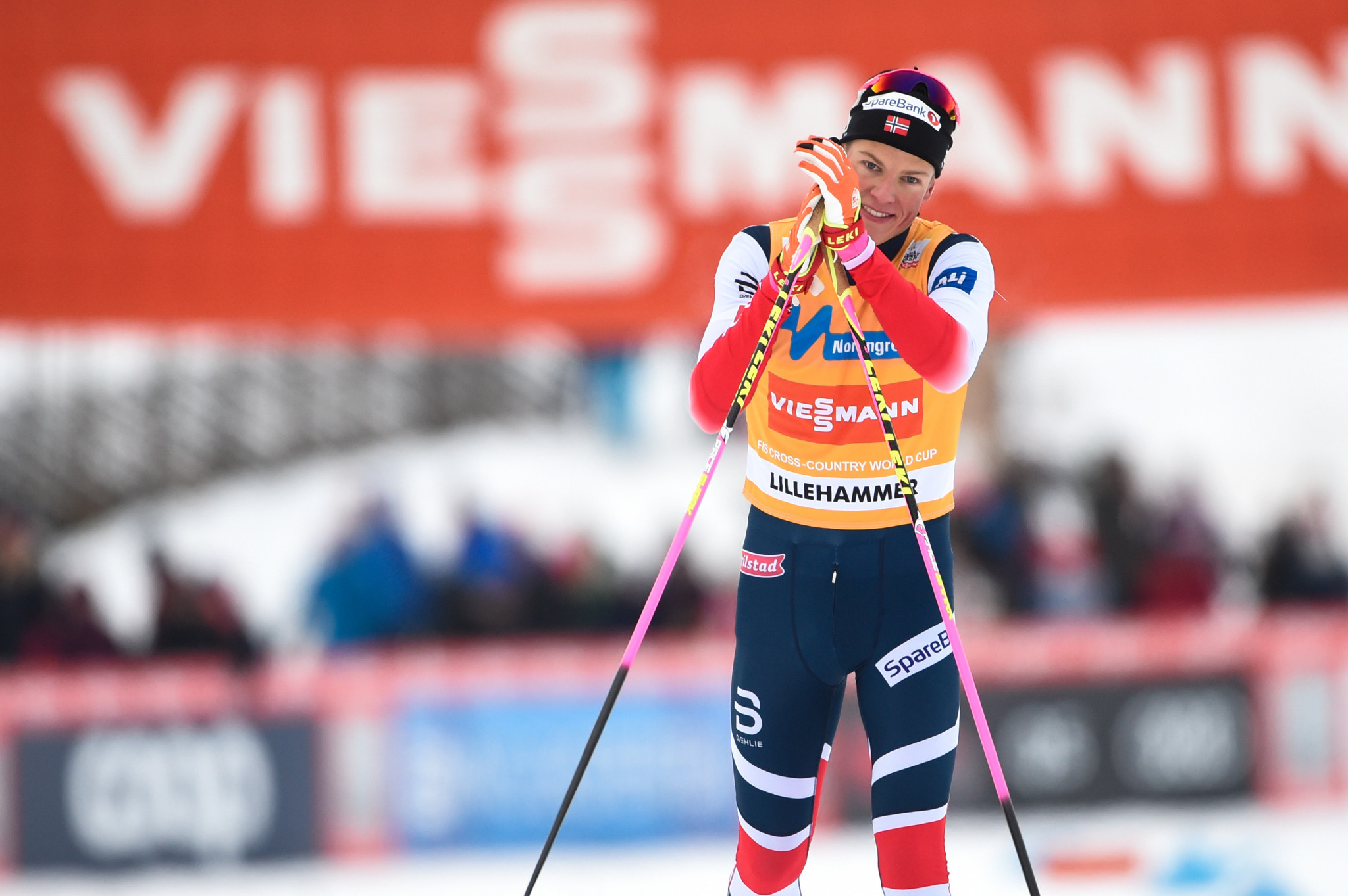 Klæbo powers to fourth straight win at FIS Cross-Country World Cup