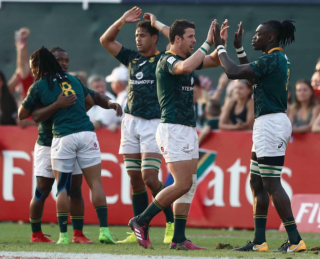 South Africa held off a New Zealand fightback to triumph in the final