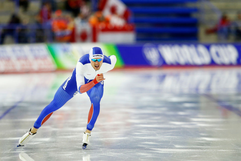 Denis Yuskov of Russia clocked the second-fastest time in history to clinch the men's 1,500 metres gold medal ©ISU