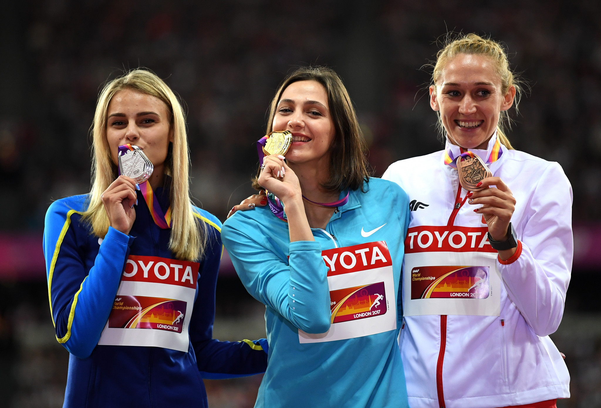 High jumper Maria Lasitskene, centre, was among the Russian athletes forced to compete as a neutral at the 2017 IAAF World Championships in London ©Getty Images